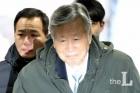 """이중근 부영회장 법정구속…""""동종 처벌 전력에도 또 같은 범행, 보석취소"""" (종합)"""