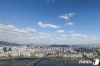 코로나19는 잠시 잊자...서울에 찾아온 파란 하늘