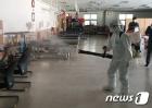 서울재활병원 의료진 코로나19 확진, 분주한 방역작업