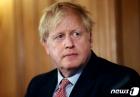 영국, 코로나 사망자 하루 24% 증가…총 2921명