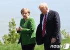 """폴리티코 """"메르켈, 트럼프의 G7 정상회의 초청 거절"""""""