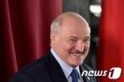 """부정선거 규탄 시위에 놀란 벨라루스 대통령 """"푸틴과 의논"""""""