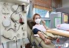 추석 맞아 헌혈하는 오정연