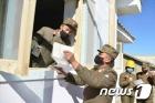 북한, 강원·함경 수해복구 나선 군인에 위문 편지 전달