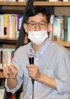 """진중권 """"민주당에 '자유민주주의자=앓던 이'…文정권, DJ-盧 아냐"""""""