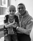 '세리머니까지 했는데...' 음바페, 8세 암 투병 팬 사망에 깊은 '애도'