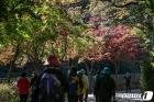 사회적 거리두기 1단계 산으로 향하는 시민들