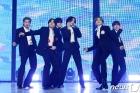 방탄소년단(BTS) '흥겨운 무대'