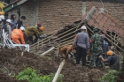 인니 금광서 산사태로 5명 사망·70명 실종… 잇따른 재해