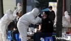 '집단감염' 화성 제조공장 외국인 대부분 일용직… 확산 우려 커