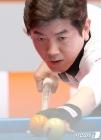 16강전 경기 펼치는 김재근