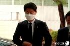 농심 신춘호 빈소 찾은 김강립 식약처장 '애도'