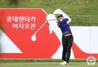 이소미, KLPGA 시즌 개막전 '롯데렌터카' 3R 단독 선두