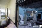 인니 자바섬 6.0 지진으로 8명 사망, 300여채 건물 파손(상보)