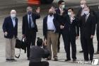 대만 도착한 바이든 정부 첫 비공식 대표단