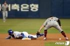 박해민 '도루 성공'