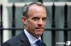 영국, 러시아 대사 초치…바이든 제재 지지 표명