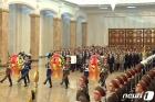 태양절 금수산태양궁전 참배나선 정치국 상무위원들