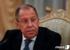 리비아 과도정부 총리와 회담하는 라브로프 러 외무