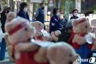 발언 경청하는 노량진수산시장 시민대책위