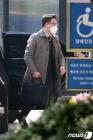 출근하는 김진욱 공수처장