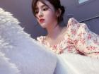 한소희, 뽀얀 피부에 새빨간 입술… 꽃무늬 패션도 '완벽'