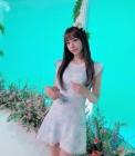 """브브걸 '왕눈좌' 은지 """"렌즈·화장품 광고 찍고파"""""""