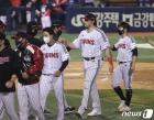 LG 라모스 '3점 홈런으로 승리 견인'