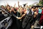 """美·유럽, 중국 신장 위구르 인권 탄압 문제 비판…""""야외 감옥 만들어"""""""