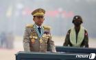 """미얀마 군부 """"시위대 테러 공격으로 63명 사망…시민들, 정보 제공을"""""""