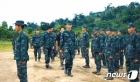 미얀마 소수민족 무장단체, 시민피해 우려해 군부에 공격 중단