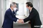 이재명vs이낙연 '명낙대전'…'원팀협약'으로 막내릴까