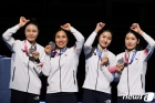 SBS 정우영, 여자 펜싱 은메달 획득 순간 외친 말…누리꾼 '감동'