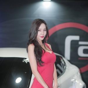 \'레이싱모델 이지민\' 감출수없는 섹시미